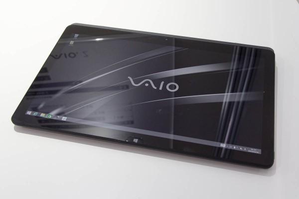 タブレットとして使える点や、ペン入力に対応している点が、VAIO Zを選ぶポイントとなる