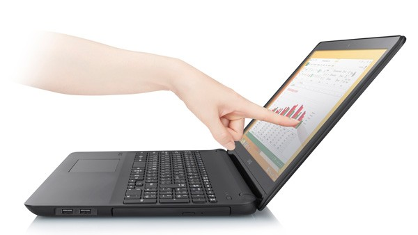 Core i7/Core i5搭載モデルでは、タッチ対応液晶ディスプレイを選択できる