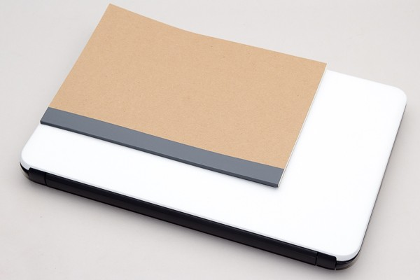 標準的な大学ノート(B5サイズ、幅)