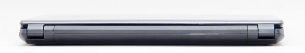 背面には取り外し可能なバッテリーユニットがあるため、インターフェース類は用意されていません