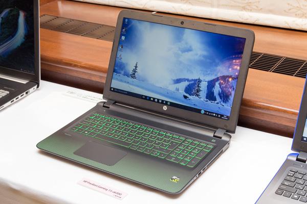 HP Pavilion Gaming 15-ak000シリーズ
