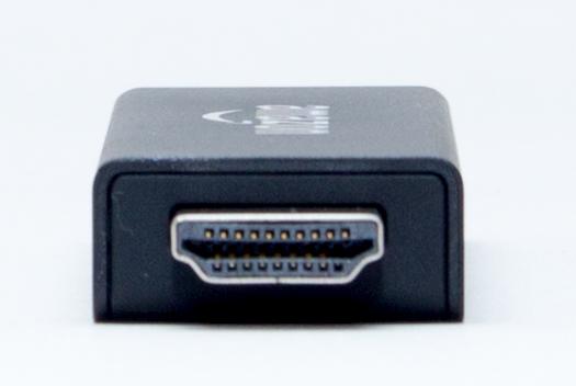 標準的なHDMI端子を利用します