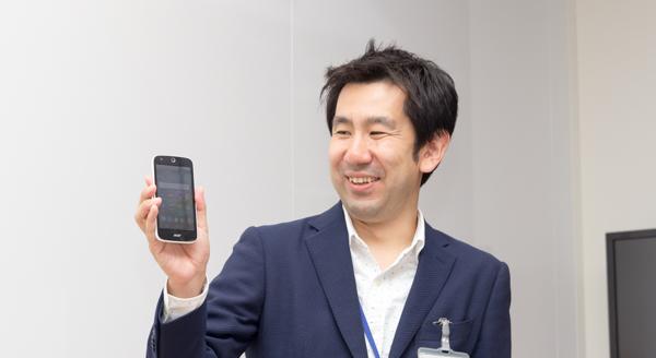 イベントでMVNOや楽天モバイルの内容を紹介してくださった鈴木氏