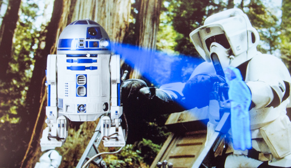 ちょっと出オチ感のある「R2-D2」アプリ