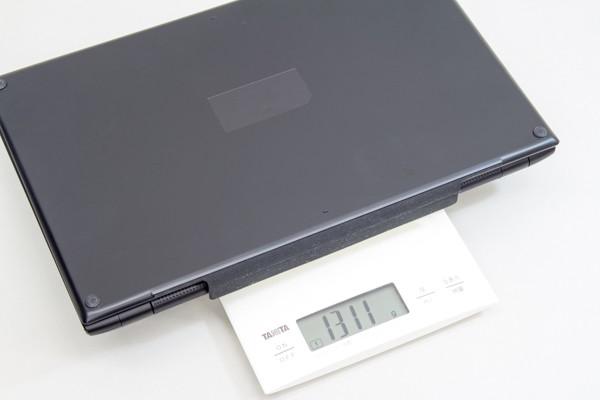 タブレット+キーボードの重量は実測で1.311kg