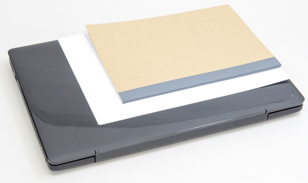 A4用紙と一般的なノート(B5サイズ)との大きさの違い