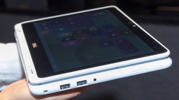 液晶ディスプレイを360度回転させることで、タブレットスタイルで利用できます
