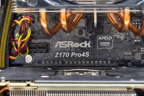 マザーボードはASRockのZ170 Pro4S