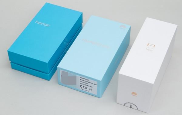 参考までに、気合の入ったモデル(左のhonor6 Plusや右のP8lite)の箱では、別のデザインが採用されています