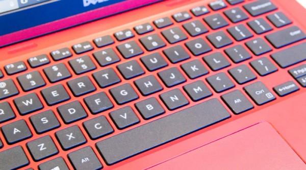 Inspiron 11 3000シリーズのキーボード