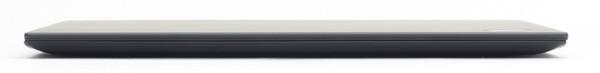 最薄部で◯mm、最厚部で◯mmと非常に薄型のThinkPad X1 Carbon