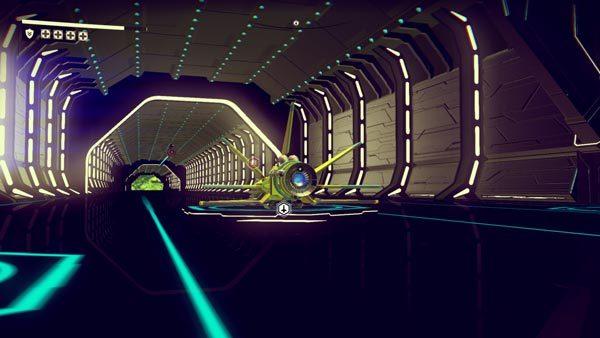 さまざまなタイプの宇宙船でやってくる生命体