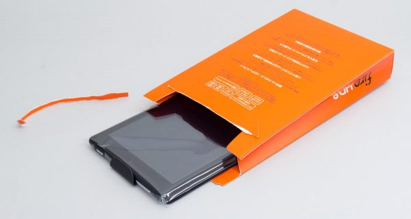 Fire HD 8のパッケージを開封