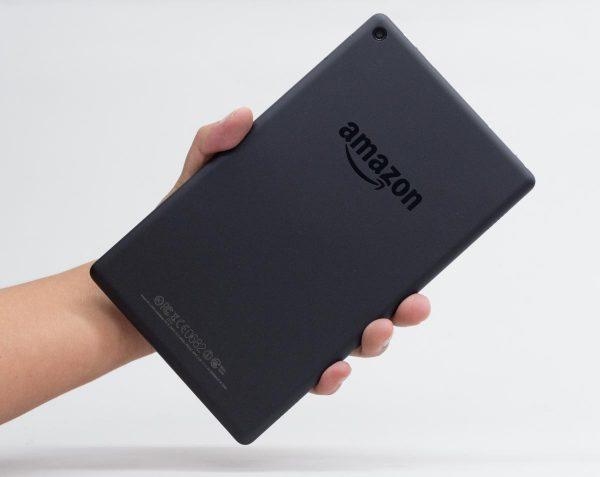 解像度1280×800ドットの8型液晶ディスプレイを搭載した「Fire HD 8」2016年モデル ※クリックで拡大(以下同様)