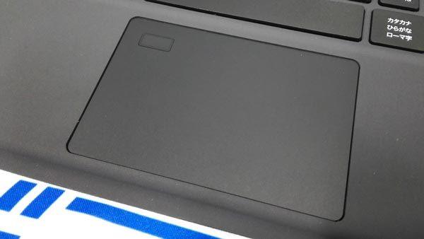 指紋センサー付きのタッチパッドはSynaptics製