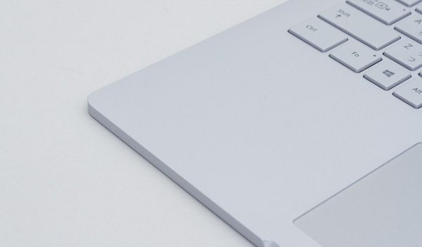 Surface Bookのパームレスト