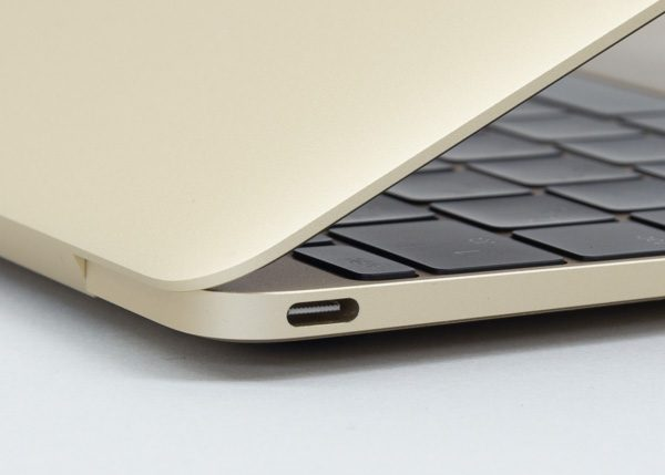 12インチMacBookのUSB 3.1 Type-C