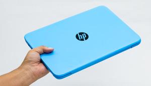 HP Stream 11のサイズ感