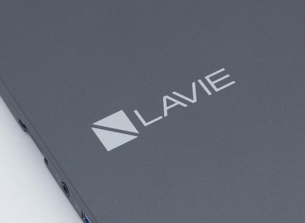 天板にはLAVIEのロゴ
