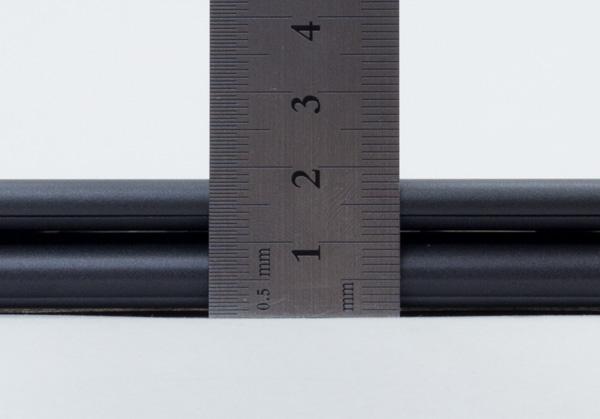 高さは実測で18.5mm