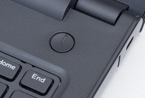 電源ボタンはキーボード右上