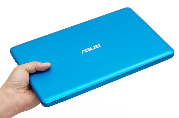 ASUS VivoBook R206SAレビュー