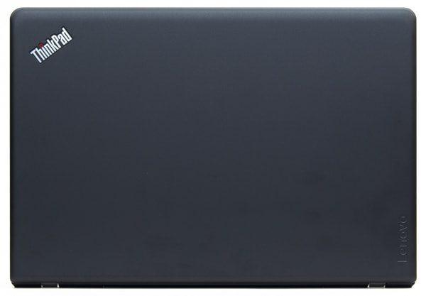 ThinkPad E570のフットプリント