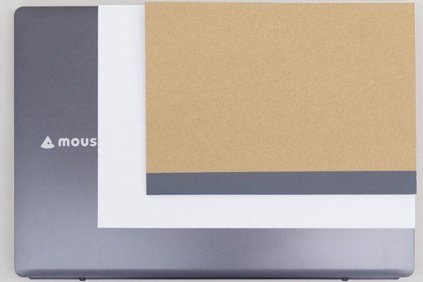 A4用紙とB5ノートとのサイズ比較