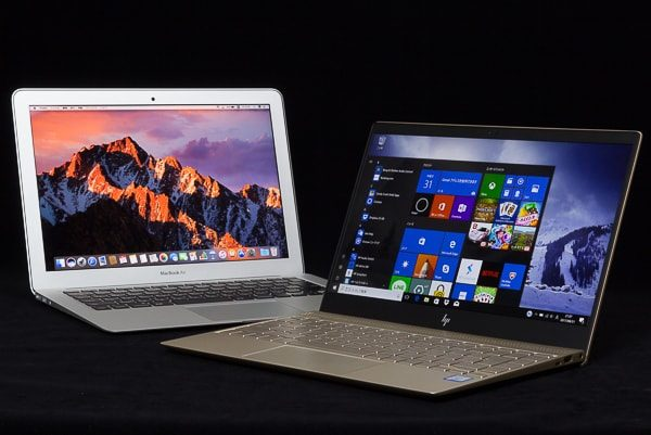 HP Envy 13とMacBook Air 13