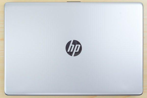 HP 17-bs000のフットプリント