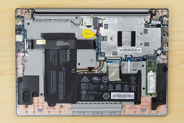ideapad 120S(14型)の内部