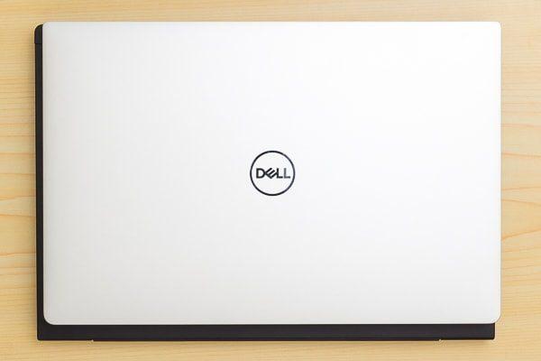 13.3型ノートPCとのサイズ比較