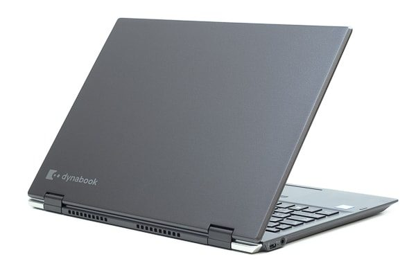 dynabook VZ82の本体カラー