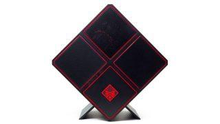 OMEN X by HP Desktop 900 レビュー:パフォーマンスとメンテンナンス性の高さが魅力