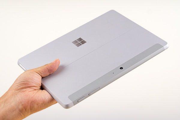 Surface Goの特徴 軽い