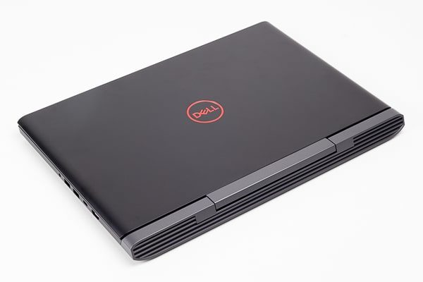 Dell G5 15 ボディの素材