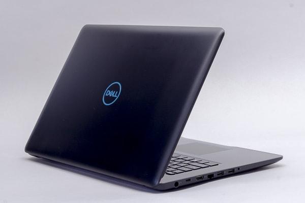Dell G3 17 ブラックのカラー