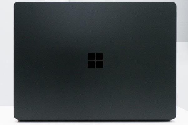 Surface Laptop 2 天板