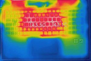 m-Book T キーボード面の温度
