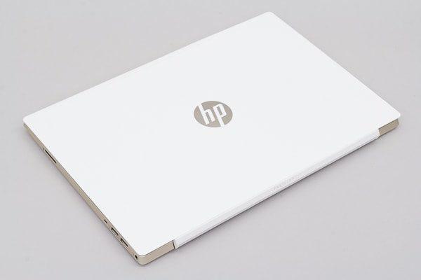 HP Pavilion 15-cs0000 天板のデザイン