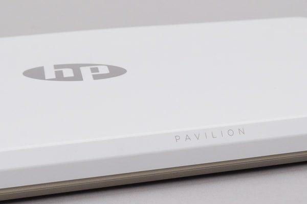 HP Pavilion 15-cs0000 背面