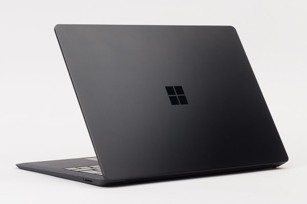 Surface Laptop 2 本体カラー