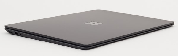 Surface Laptop 2 フォルム