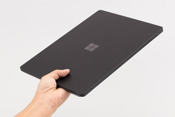 Surface Laptop 2 重量