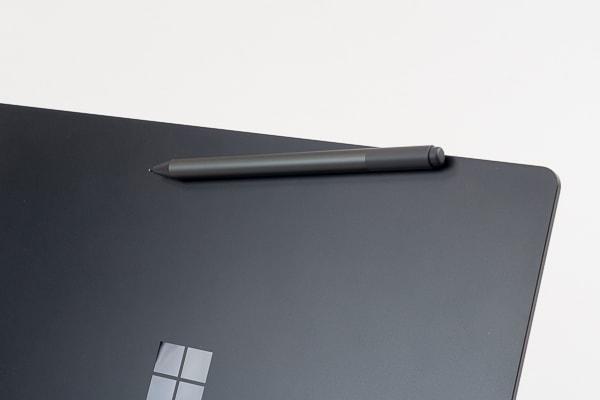 Surface Laptop 2 ペンホルダー