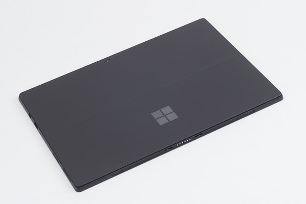 Surface Pro 6 背面