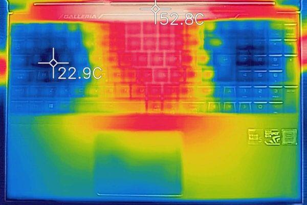GALLERIA GCF1060GF-E キーボード面の温度