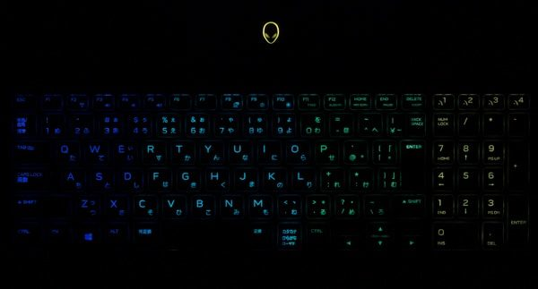 ALIENWARE M15 バックライト