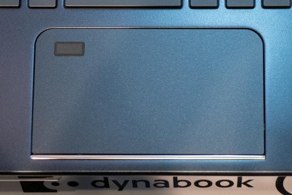 dynabook G タッチパッド