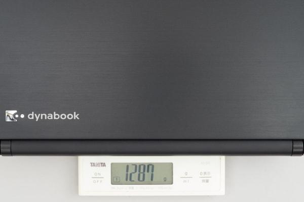 dynabook RZ83 重さ